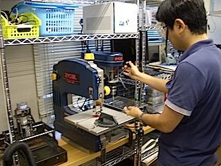 エンジニアリングスペース -BR- (機械加工のためのCNCや、電子回路製作用のはんだ付けスペース、測定用のデジタルオシロスコープなどがあります。)