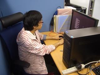 リサーチスペース -BR- (集中して研究を行うためのスペースです。)
